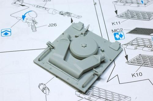 CyberHobby 1/35 ティーガーI 初期生産型(橙箱)
