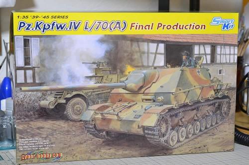 サイバーホビー 1/35 IV号駆逐戦車 L/70(A) ツヴィッシェンレーズンク後期型